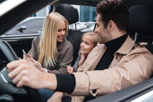 mobil keluarga murah